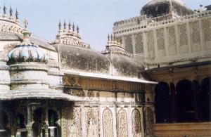 The Lakhu Gokhada: Plastered away!